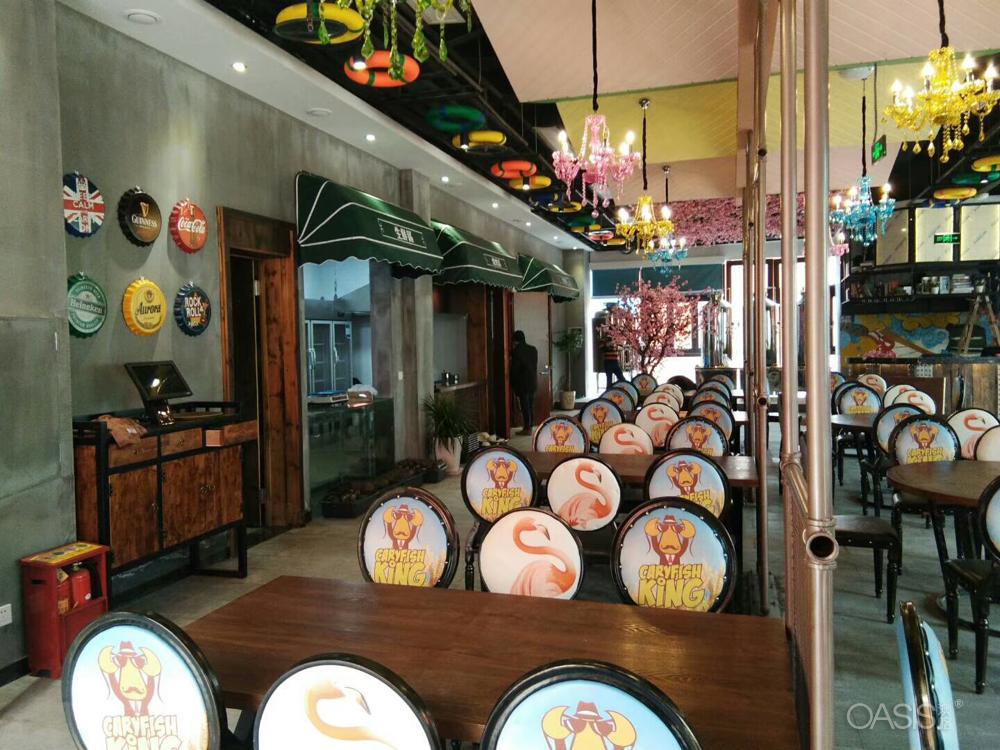 快餐店如何选择餐桌椅