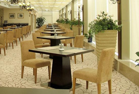 食堂餐桌椅该如何采购有效|餐厅家具