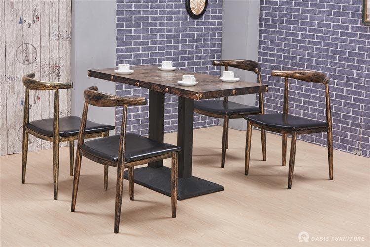 西餐厅餐桌椅